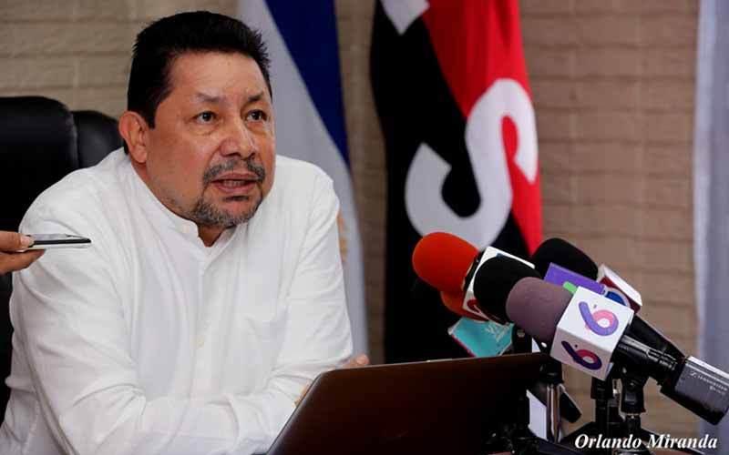 El asesor presidencial para la Educación, Salvador Vanegas. Foto: Medios Oficialistas