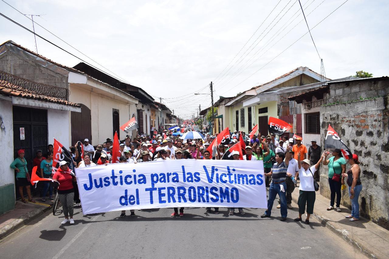 Una de las marchas que militantes del FSLN realizaron en León. Fotos: Medios Oficialistas