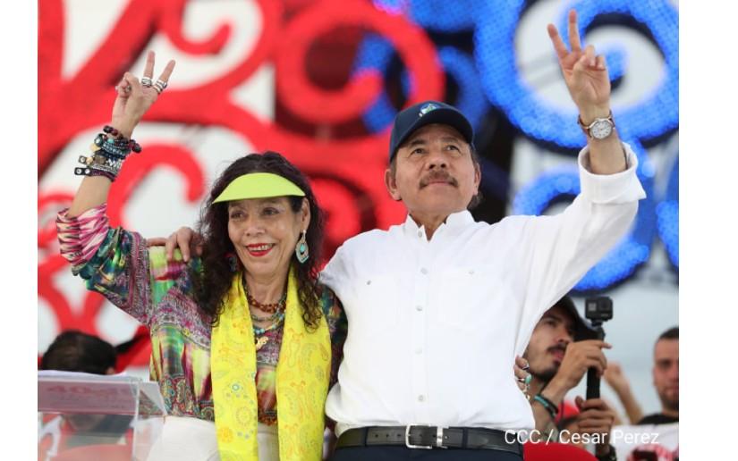 Rosario Murillo y Daniel Ortega en la celebración del 40 aniversario del 19 de julio, en la Plaza La Fe. Foto: Cortesía