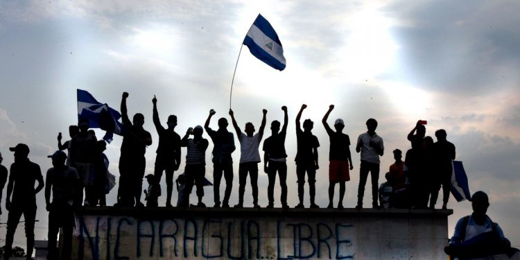 Publican libro dedicado a la resistencia cívica para construir una Nicaragua democrática. Foto: Reuters