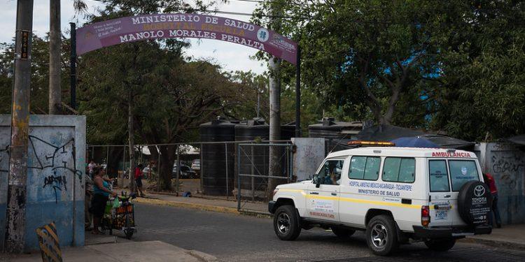 Exministras de salud califican como un «atentado insólito e impensable» despidos masivos de médicos. Foto: Cortesía