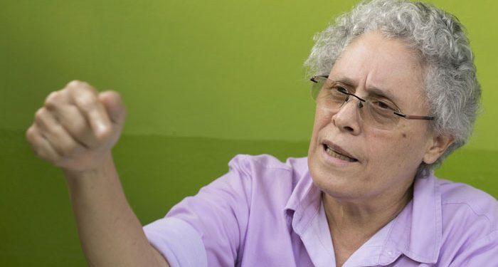 Dora María Téllez sigue en reposo tras contagiarse de COVID-19. Foto: La Prensa