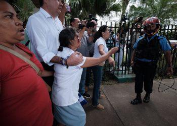 Víctimas de la dictadura exigen a la Colación Nacional trabajar por la justicia y libertad en Nicaragua. Foto: Carlos Herrera