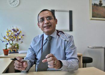 Régimen orteguista arremete contra el doctor Carlos Quant y lo despide