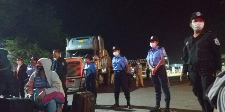 Costa Rica suspende el tránsito de nicaragüenses desde Panamá por el bloqueo del régimen orteguista. Foto: Cortesía