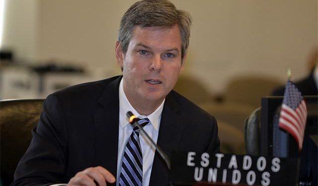 Embajador Kevin Sullivan insiste que solo mediante comicios «libres» se elige un Gobierno