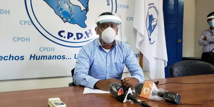 Defensor de presos políticos denuncia que el Poder Judicial pretende suspenderle su licencia como abogado. Foto: Artículo 66 / Geovanny Shiffman