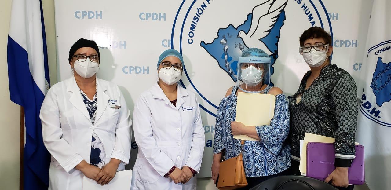 Medicos despedidos por el Minsa interponen denuncia ante la CPDH. Foto: Geovanny Shiffman/Artículo 66