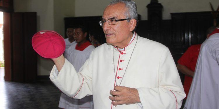 Se complica la salud de monseñor Bosco Vivas y tuvo que ser intubado. Foto: La Prensa.