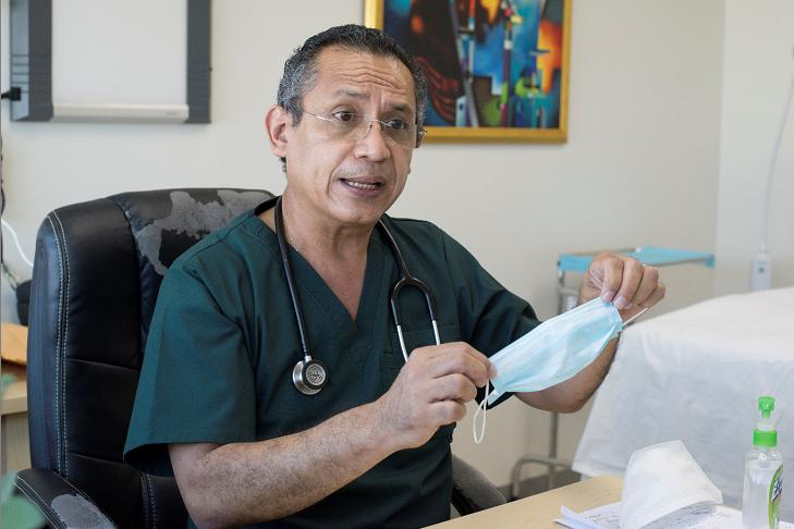 Doctor Carlos Quant Durá, especialista en infectólogía del Hospital Manolo Morales. Foto: Cortesía