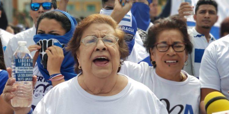 Condenan acoso orteguista en contra de la defensora de derechos humanos Vilma Núñez. Foto: Artículo 66
