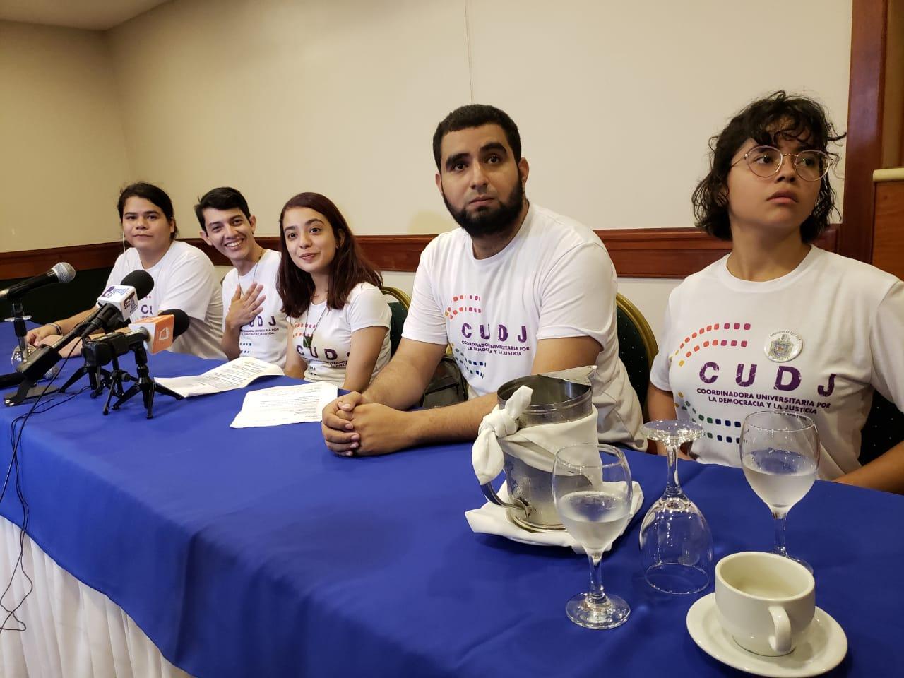 Jóvenes amenazan con no permitir «una transición política» en Nicaragua sin que se incluyan sus exigencias. Foto: G. Shiffman / Artículo 66
