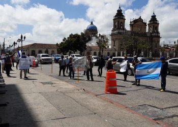 Nicaragüenses realizan plantón en Guatemala y piden a ese gobierno les ayude ingresar a Nicaragua. Foto: Cortesía