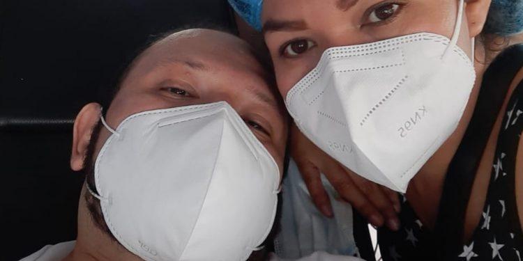 Médico de Diriamba sobrevivió tras 12 días intubado por COVID-19. Foto: Cortesía.