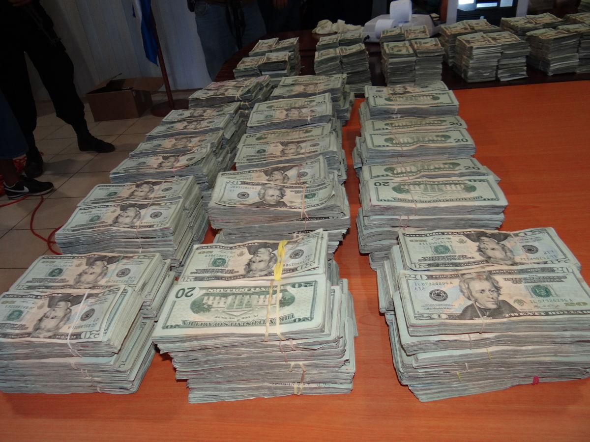 Durante el 2019 la Policía decomisó más de 13 millones de dólares provenientes del narcotráfico. Foto: Wilih Narváez.