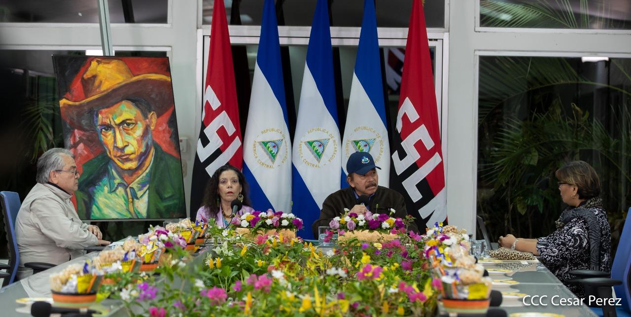 Dictadura se vende ante la OMS como un «gobierno con compromiso social» mientras ignora la situación de los nicas varados