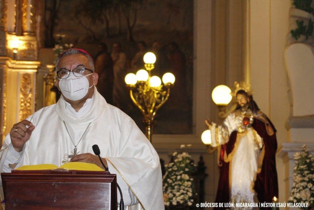 El religioso pidió a los nicaragüenses a ser «sensatos, cuerdos, moderados, hacer caso, no por capricho, sino por salvarnos»