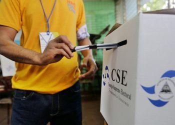 Derrotar a Ortega en elecciones para luego llamar a nuevos comicios, propone Félix Maradiaga.