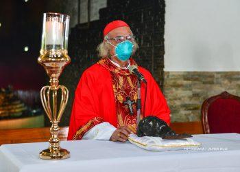 Misa oficiada por el Cardenal Brenes con el rostro de la Sangre de Cristo calcinado. Foto: Arquidiócesis de Managua