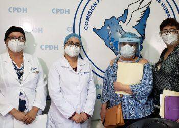 Médicos despedidos continúan demandando su reintegro. Foto: Geovanny Shiffman/Artículo 66