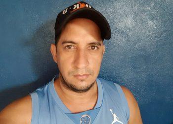 """O abandonas el país o te matamos y quemamos tu casa"" le advirtieron paramilitares al exreo político William Balmaceda"