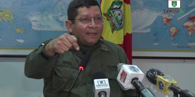 Ejército amenaza a defensores de derechos humanos que exigían saber sobre dos exiliados detenidos por militares