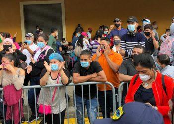 300 nicas que vienen de Panamá podrían tener problema para entrar al país si se vencen sus pruebas de COVID-19. Foto: Tomada de Internet.