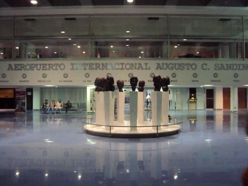 Aeropuerto Internacional «Augusto C. Sandino»