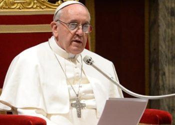 Papa Francisco asegura que «piensa en el pueblo de Nicaragua» tras atentado contra la Catedral