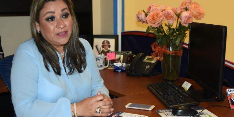 La nicaragüense Sophia Lacayo se declara culpable y es condenada a un año de libertad condicional por perjurio. Foto: Diario de Las Américas