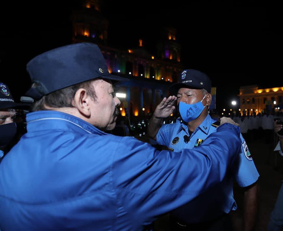 Comisionado Fidel Domínguez, el más sumiso de los siete jefes policiales ascendidos a comisionados generales de la institución represiva.