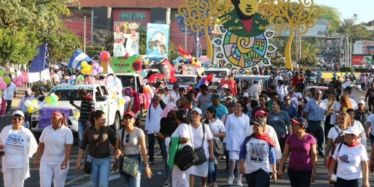 Vocera del régimen llama nicaraguenses a reunirse y disfrutar, ignorando advertencia de repunte de COVID-19