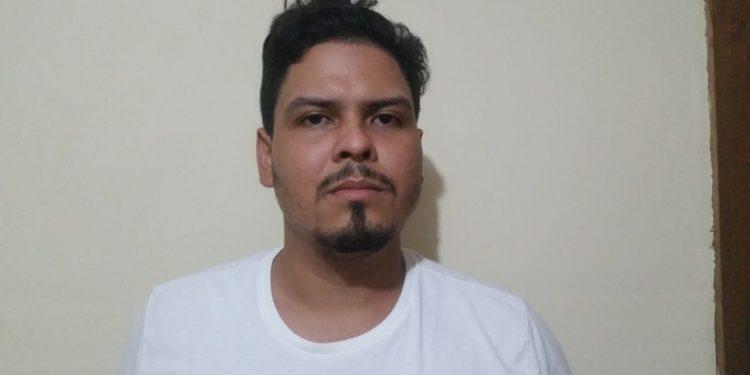 «Solo esperamos la orden para capturarte o eliminarte» son las amenazas de antimotines a un joven de Managua. Foto: Cortesía