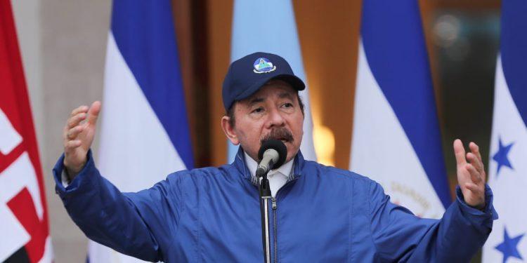 Daniel Ortega, durante el acto del 199 aniversario de la Independencia de Centroamérica. Foto tomada de los medios oficialistas
