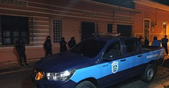 Dictadura de Ortega ejecuta 42 asedios policiales y tres allanamientos a opositores en las últimas horas. Foto: Cortesía