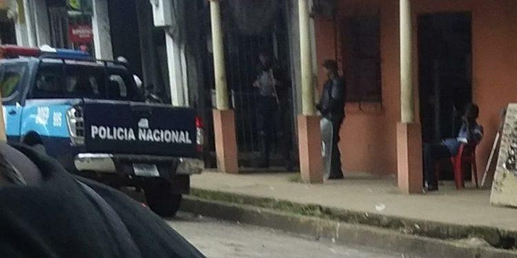 Opositora costeña asediada para impedir reunión de la Coalición Nacional. Foto: Cortesía.