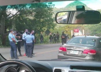 Escuadrón policial impide entrar a Nueva Segovia a la delegación de la Coalición Nacional. Foto: N. Miranda / Artículo 66.