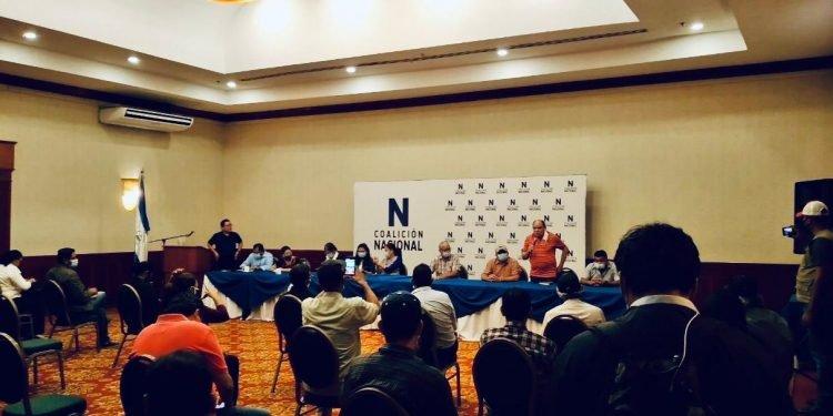 Coalición Nacional burla hostigamiento dictatorial en Granada y realiza reunión en resistencia. Foto: Artículo 66/Cortesía.