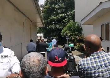 Diario La Prensa impide cobertura a periodistas durante inspección judicial. Foto: N. Miranda/Artículo 66