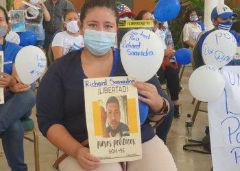 Familiares de presos políticos exigen huelga de hambre «afuera» para presionar por la libertad de los reos- Foto: A. Navarro/Artículo 66