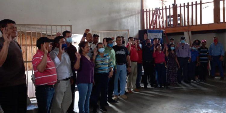 Coalición se impone frente a escuadrón policial y logra organizar directiva en Nueva Segovia. Foto: Cortesía.