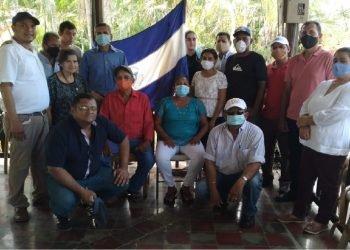 Coalición Nacional logró burlar retenes, romper el cerco policial y realizó la reunión de Rivas. Foto: Cortesía.