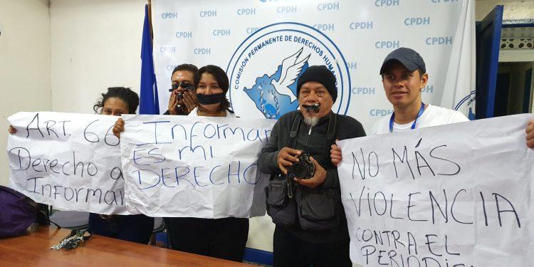 Octubre fue un mes «funesto» para la libertad de expresión, afirma Fundación Violeta Barrios. Foto: Artículo 66.