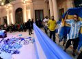 Multitud da el último adiós a Diego Maradona «El Pelusa». Foto: AP.