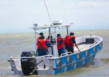 24 migrantes capturados por el Ejército en aguas San Juan del Sur. Foto: Internet.