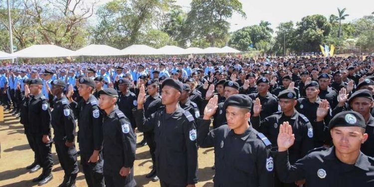 Régimen Ortega-Murillo gradúa 954 nuevos agentes policiales para reforzar represión. Foto: Tomada de Internet: