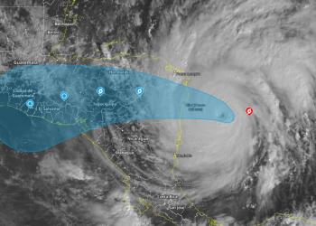 Iota se convierte en huracán categoría 5