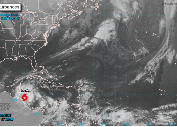 Iota se degrada a tormenta tropical en suelo nicaragüense