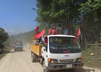 Alcaldías sandinistas hacen proselitismo con la poca ayuda que llevan. Foto: Página oficial de Facebook de Alcaldía de Bonanza.