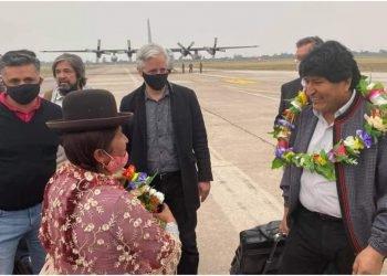 Evo Morales regresó a Bolivia tras un año de exilio. Foto: Tomada de internet.